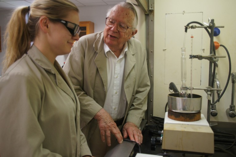 Professor Bill Martin has conducted organic chemistry research with students since 1961.