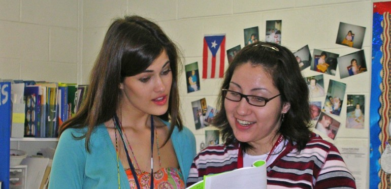 Lake Forest interns work closely with teachers in classroom settings.