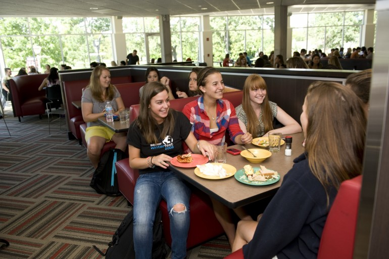 About Dining At Lake Forest College