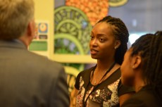 Brittany McCray '16 meets with a Lake Forest alum during an In The Loop All Access Mixer.