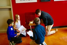 Third-graders from Lake Forest Country Day School traveled to campus to learn about the brain from first-year students dur...